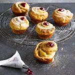 Almond & raspberry cruffins