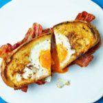 Egg-in-the-hole bacon sandwich