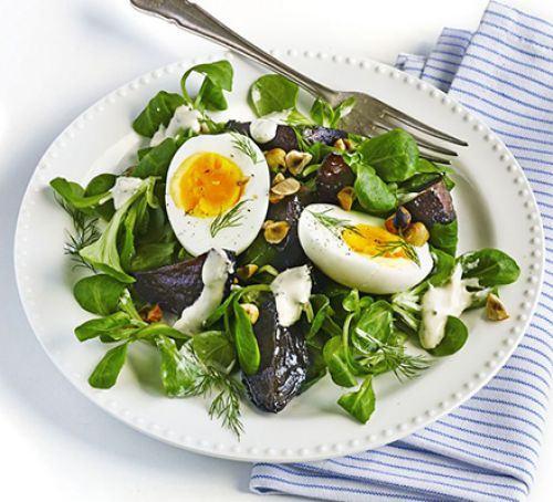 Roasted beetroot & egg salad Recipe