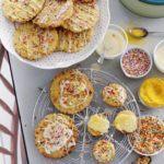 Mango crunch cookies