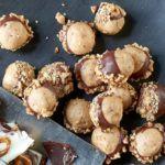 Crunchy peanut & toffee bonbons