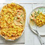 Curried prawn & green bean pie