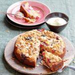 Fig & raspberry crumble cake