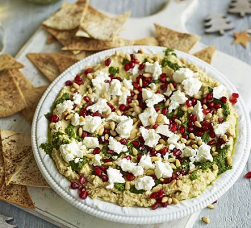 Layered hummus with spiced tortilla chips Recipe