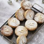 Chocolate chip mince pies