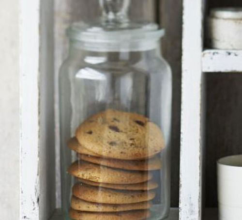 Malty choc chip cookies Recipe