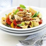 Pasta salad with tuna, capers & balsamic dressing