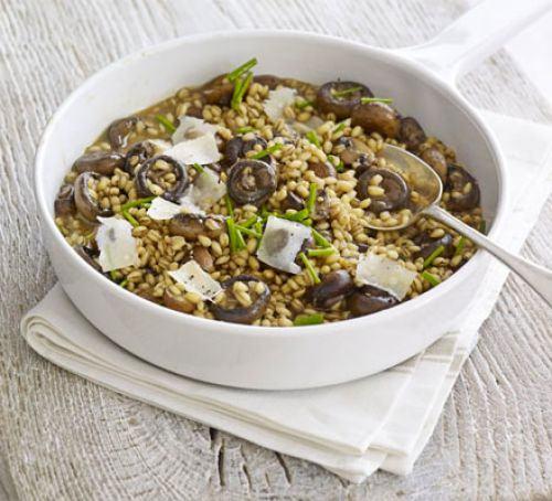 Barley, chicken & mushroom risotto Recipe