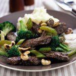 Quick beef & broccoli one-pot