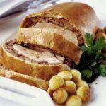 Roast turkey & cranberry wellington