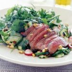 Oriental steak salad