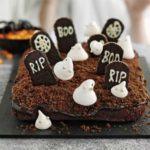 Haunted graveyard cake