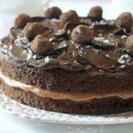 Hannah Obee's Salted caramel chocolate cake