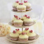 Romantic rose cupcakes