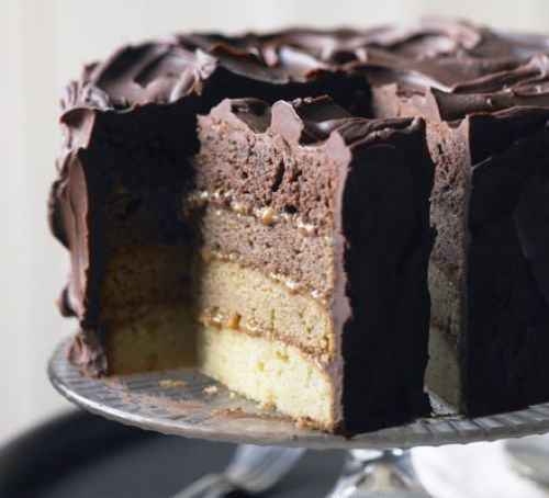 Chocolate truffle star cake Recipe
