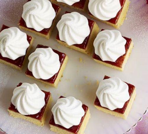 Queen of pudding cakes Recipe