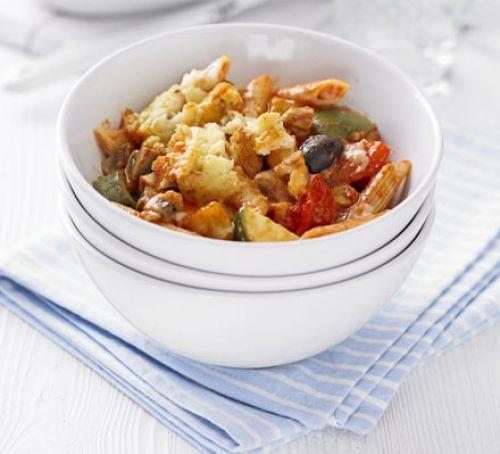 Cheese & tomato pasta bakes Recipe