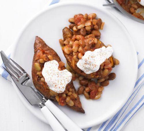 Baked sweet potatoes & beans Recipe