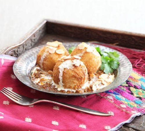 Malai kofta with spicy gravy Recipe