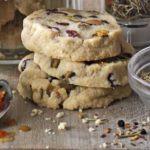 Pistachio & cranberry cookies