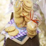 Custard & white chocolate biscuits
