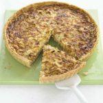 Sticky onion & cheddar quiche