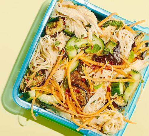 Sesame chicken noodles Recipe