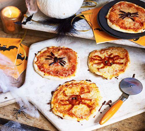 Halloween spider pizzas Recipe