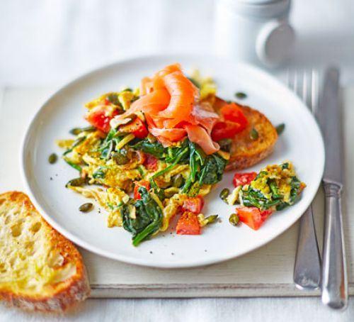 Superfood scrambled eggs Recipe
